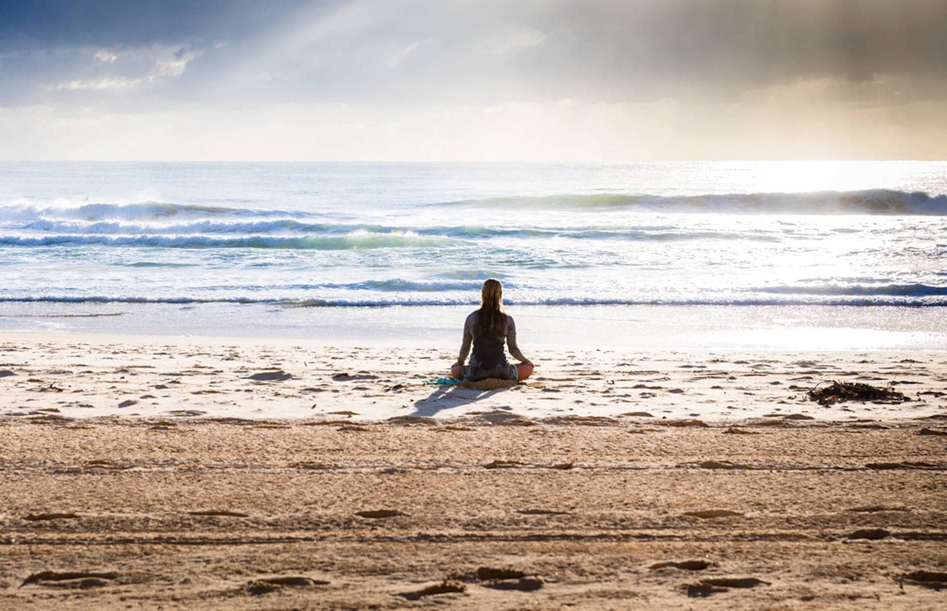 Easy Ways to Eliminate Distractions When Meditating at Home