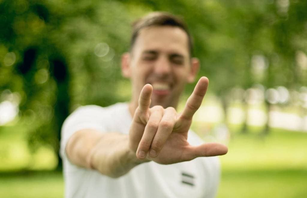 deaf-and-hard-of-hearing-american-sign-language-asl